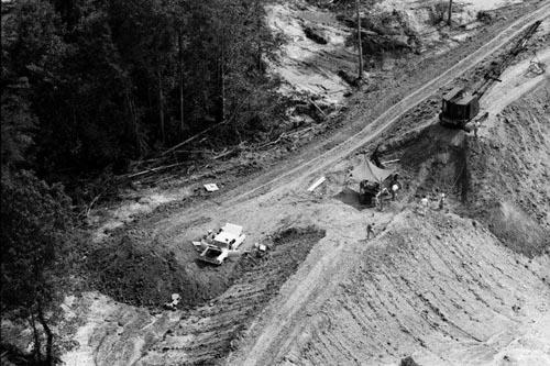 Aerial view of the dam where the bodies of  James Chaney, Andrew Goodman, and Michael Schwerner were buried, August 8, 1964, near Philadelphia, Mississippi<br/>