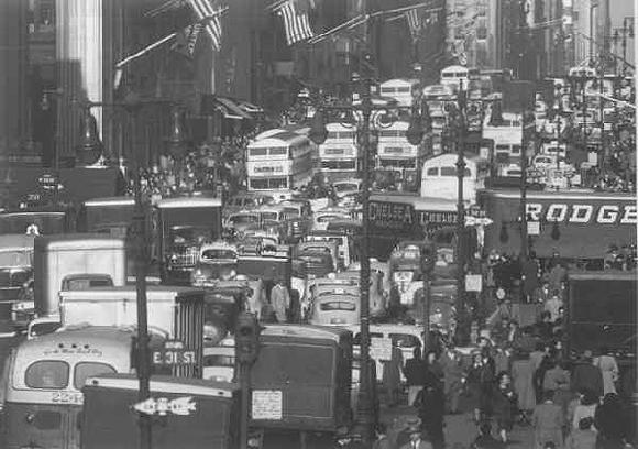 Fifth Avenue looking north from 32nd St., NY, 1948<br/>