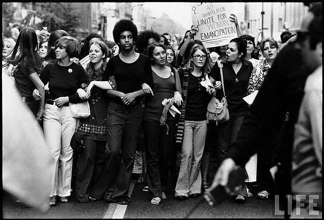Women in Parade Down 5th Avenue on the 50th Anniversary of the Passage of the 19th Amendment, New York, 1970 - Photo by John Olsen<br/>