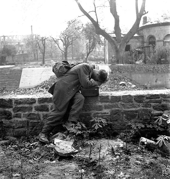 Defeated Soldier, Frankfurt, Germany, 1947 Gelatin Silver print