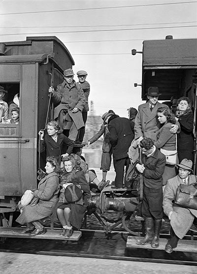 Packed Train, Germany, 1948 Archival Pigment Print
