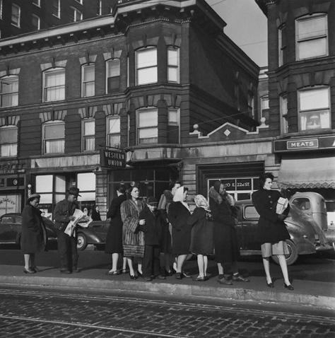 Waiting for the Trolley, Chicago, 1946<br/>