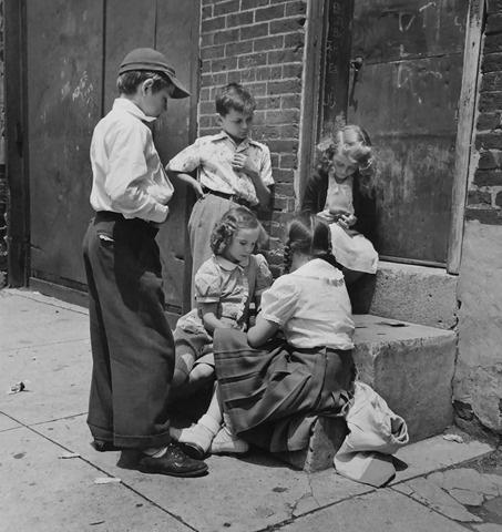 Checking out the game, Philadelphia, PA, 1948<br/>