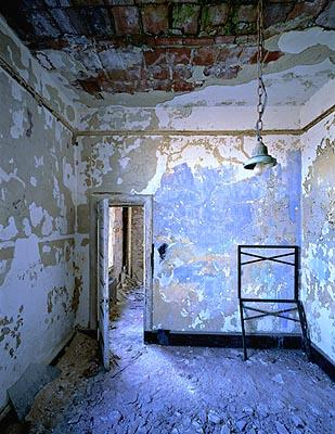 Main Hospital, blue room with bed frame, Island 2<br/>