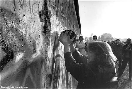The Berlin wall comes down, Berlin,1989<br/>